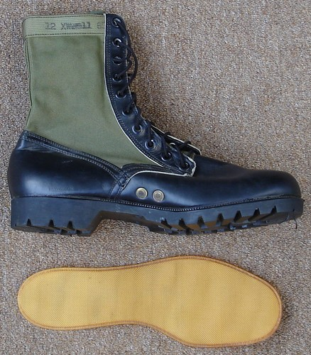 DMS jungle boots were issued with removable Saran ventilating insoles.